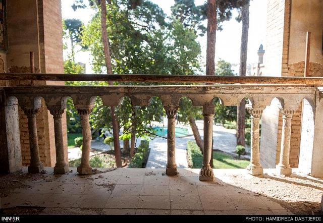 مدرسه دارالفنون تهران-اجاره خودرو-اجاره ماشین